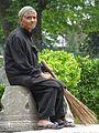 Groundskeeper in Shalimar Bagh Garden - Srinagar - Jammu & Kashmir - India (26749139572).jpg