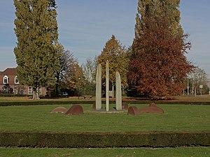 Grubbenvorst - Image: Grubbenvorst, sculptuur bij de rotonde aan de Kloosterstraat foto 8 2015 11 02 12.01