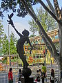HK CWB Causeway Bay Road tree sculpture Dove 鴿 Pigeon Oct-2013.JPG