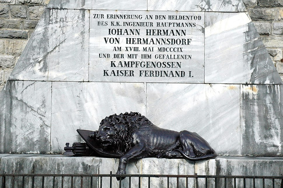 Hauptmann Hermann Kriegsdenkmal Predil 30092005 02