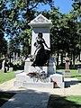 Haymarket Martyrs Monument (7402970314).jpg