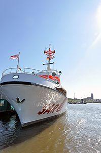 Hermann Helms (ship, 1985) 2012 05-by-RaBoe 13.jpg