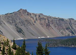 Mount Mazama - Image: Hillman Peak