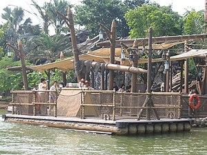 Tarzan's Treehouse - The raft to Tarzan's Treehouse