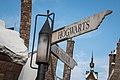 Hogwarts or Hogsmeade (41525208820).jpg