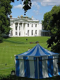 Hurlingham House and Croquet Lawns - geograph.org.uk - 508656.jpg