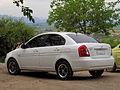 Hyundai Accent GL 1.4 2010 (16073020829).jpg