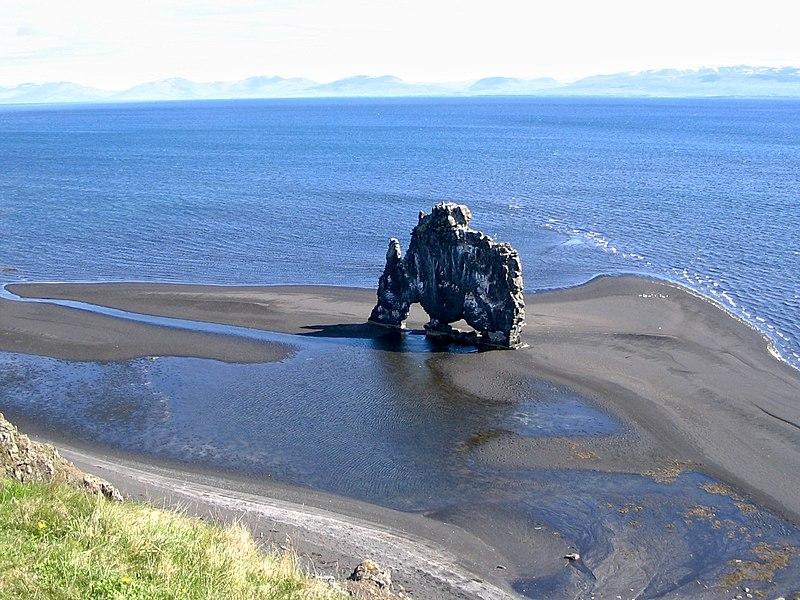 File:Iceland Hvitserkur.jpg