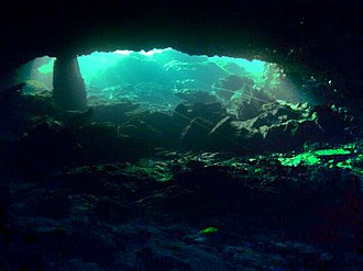 Cave diving - Entrance to Peacock Springs Cave System