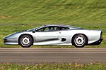 Jaguar XJ220 - Dunsfold Wings and Wheels 2014 - Explored -) (14933109988).jpg
