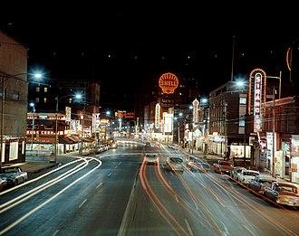 Jasper Avenue - Jasper Avenue looking west from 103 Street (1950).
