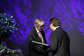 Jon Agust fran Marorka- vinnare av Nordiska radets miljopris ar 2008 och Nordiska radets president Erkki Tuomioja . Vid prisutdelningen i Helsingfors 2008-10-72.jpg
