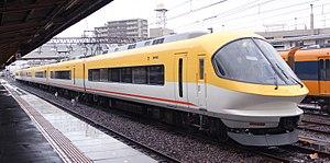 Kintetsu 23000 series - Image: KINTETSU 23104F 3