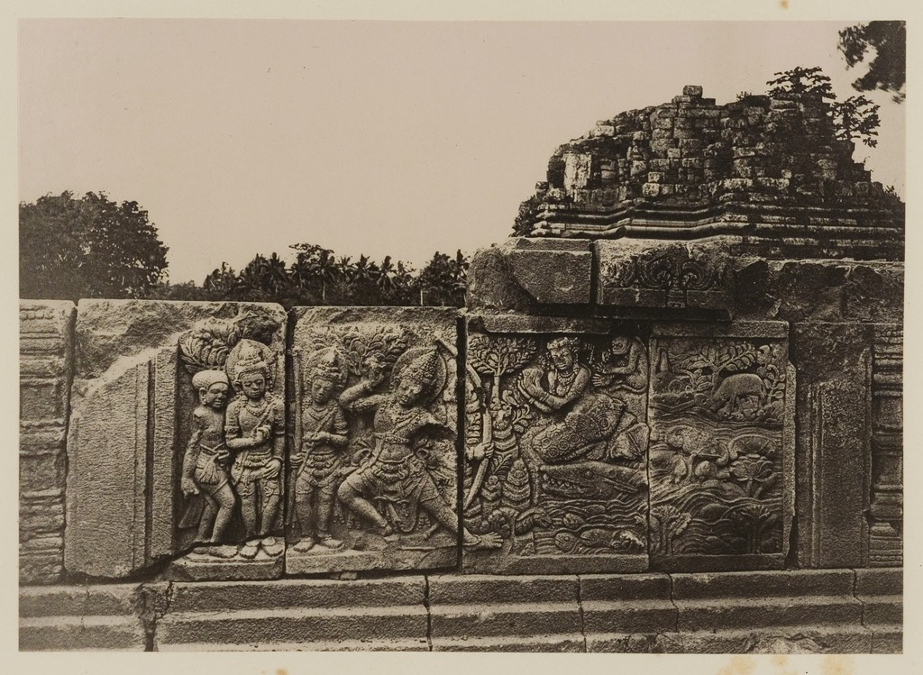 File kitlv 40026 kassian c phas reliefs on the terrace for Terrace yogyakarta