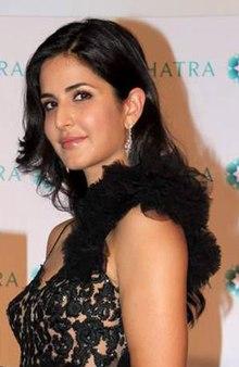 Katrina Kaif at launche of Nakshatra's new logo (3).jpg