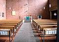 Kirchenraum Passionskirche München.jpg