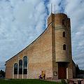 Kościół Miłosierdzia Bożego w Chłapowie.jpg
