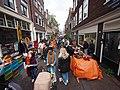 Koningsdag in Amsterdam, Tweede Rozendwarsstraat foto 3.JPG