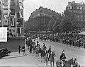 Koninklijk bezoek aan Parijs, Rijtoer van koningin Juliana door Parijs, Bestanddeelnr 903-9780.jpg