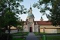 Kostel Panny Marie Vítězné na Bílé hoře, Karlovarská 3, Řepy, Praha 17 - Řepy, Hlavní město Praha 01.jpg