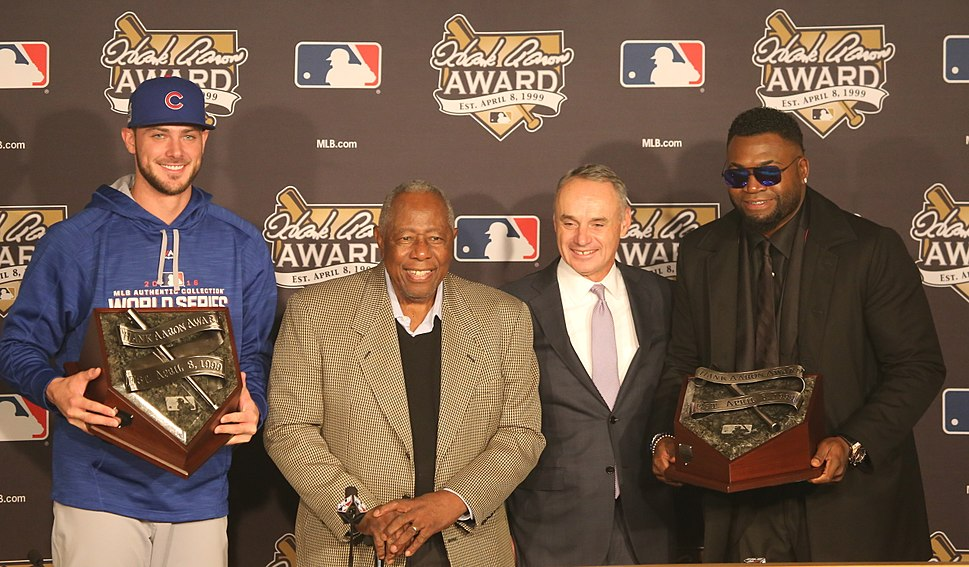Kris Bryant, Hank Aaron, Rob Manfred and David Ortiz during the Aaron Award ceremony. (29955118983)