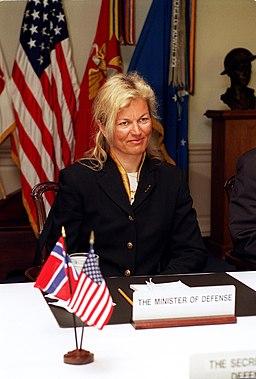 Kristin Krohn Devold, Pentagon 2002-03-27