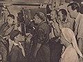 Krystyna Swinarska, Eugeniusz Cękalski, Stanisław Wohl, Seweryn Kruszyński i Tadeusz Owczarek - Jasne łany- Film nr 24 - 1947-09-01.JPG