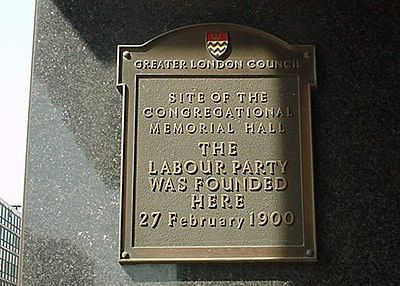 Plaque recording the location of the formation of the British Labour Party in 1900. LabourPartyPlaque.jpg
