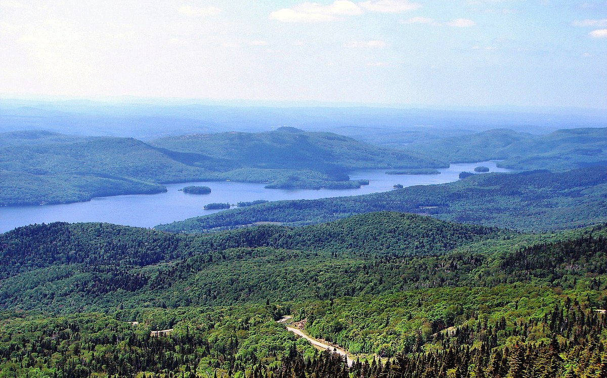 Lac tremblant nord quebec wikipedia for Lac miroir mont tremblant