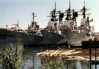 Puget Sound Naval Shipyard Historic District - Image: Laid up Forrest Sherman class destroyers at Puget Sound in 1990