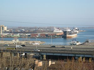 Lake freighters Quebecois, Tim S. Dool, Montrealais, late afternoon, Toronto, 2012 03 21 -a.jpg