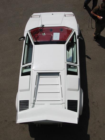 440px-Lamborghini_Countach.png