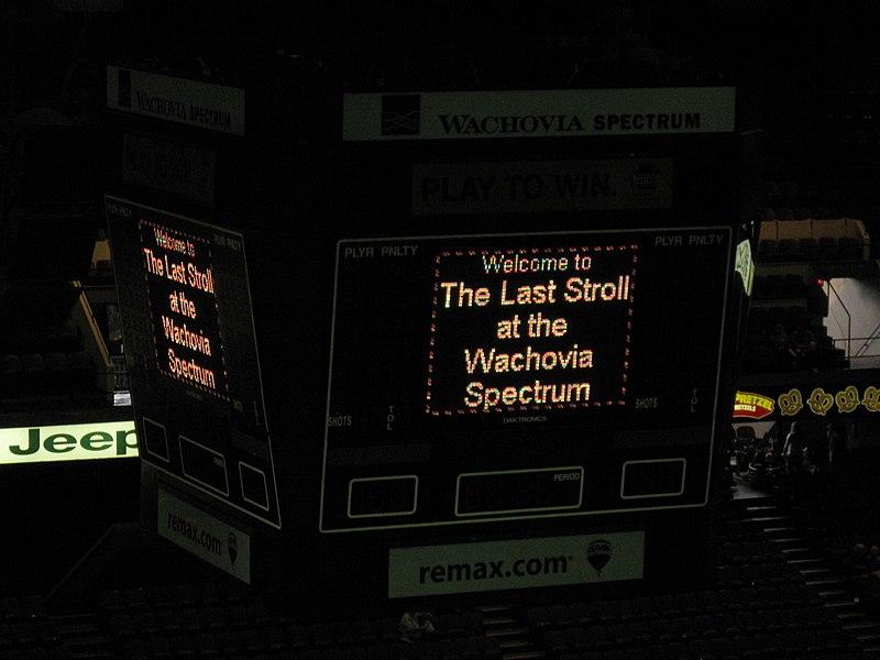 File:Last Stroll at the Wachovia Spectrum (4040776065).jpg