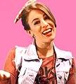 Laura en una entrevista.jpg