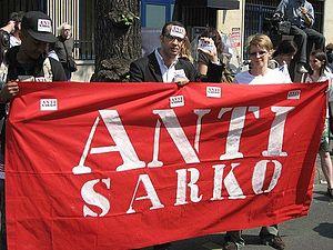 Le Collectif AntiSarko manifeste le 1er mai 2007 à Paris