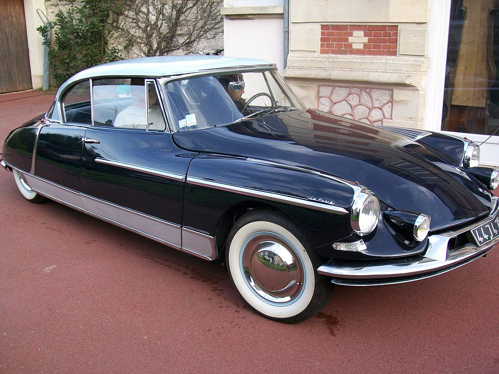 "Citroen DS ""Le Paris"" 1024px-Le_Paris_002"