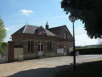 Le Vaumain mairie.JPG