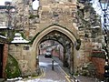 Leicester Castle Yard south gateway.jpg