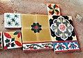 Les carreaux de ciment coloré de Chettinad (Inde) (13928983777).jpg