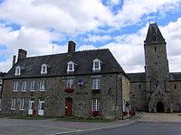 Lonlay-l'abbaye-mairie.JPG
