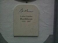 Lothar-Günther Buchheim Grabstein.jpg
