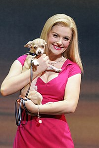 "Lucy Durack as ""Elle Woods"" 2012.jpg"