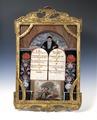 MCC-11868 Achterglasschildering, tiengebodenbord met stenen tafelen waarboven Mozes, eronder de zondeval (1).tif