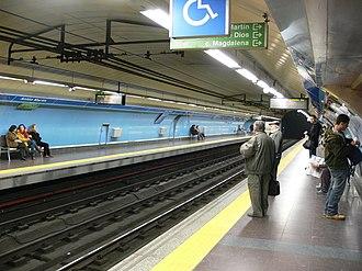 Antón Martín (Madrid Metro) - Image: Madrid Metro estacion Anton Martin