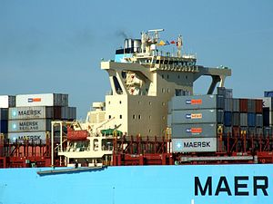 Maersk Kolkata p04 approaching Port of Rotterdam, Holland 21-Feb-2005.jpg