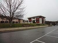 Mairie moderne d'Aiglun.JPG