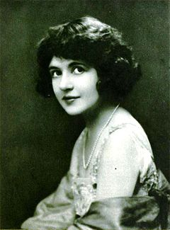 Marguerite Clark - Dec 1921 Photoplay.jpg