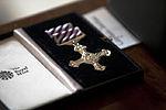 Marine aviator receives high-flying British honor for saving lives 140212-M-JU941-002.jpg