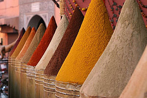 English: Spices at a market in Marrakech, Morrocco