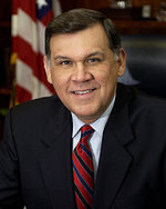 Mel Martinez official portrait.jpg